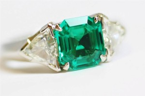 Auction Emerald Diamond Rings