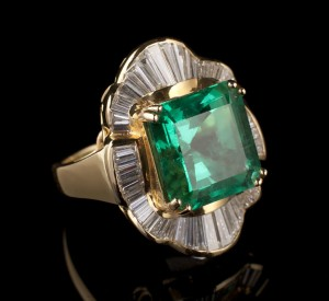 Online Auctions for Emeralds