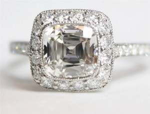 Auction a Diamond Ring