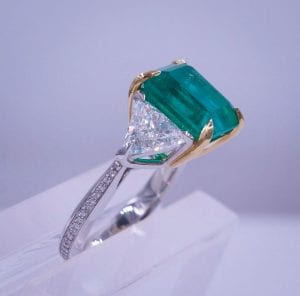 We Buy Emerald Jewelry