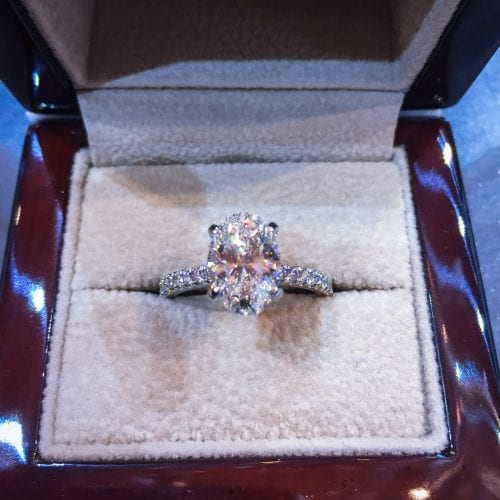 Learn How a Jeweler Would Buy a Diamond Engagement Ring Featured Image