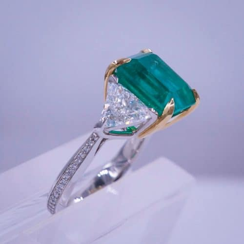 Emerald & Diamond Ring Featured Image